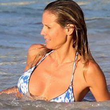 Heidi Klum sexy bikini candids on the beach in Caribbean 33x  MixQ photos