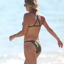 Emily Bett Rickards and Katie Cassidy wearing sexy bikini on the Miami beach 122x UHQ photos