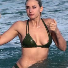Julz Goddard bikini nip slip on the beach in Miami 51x HQ