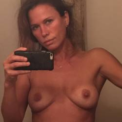 Rhona Mitra leaked topless selfies 11x MixQ photos