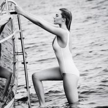 Margot Robbie in sexy bikini for Vanity Fair magazine 2016 August 10x HQ photos