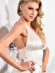 Charlotte McKinney braless big boobs cleavage