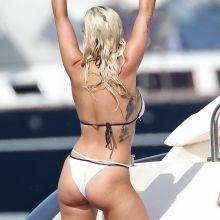 Rita Ora wearing sexy bikini on a yacht in Ibiza cameltoe with topless girlfriend 141x HQ