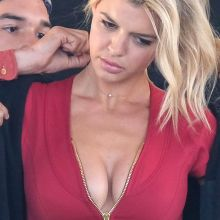 Kelly Rohrbach sexy cleavage on the set of Baywatch in Savannah 24x UHQ photos