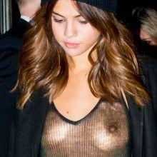 Selena Gomez braless candids in Sydney 7x HQ