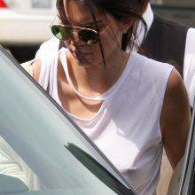 Kendall Jenner without bra shopping in Beverly Hills 58x HQ photos