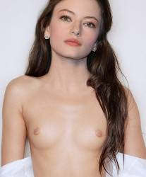 Mackenzie Foy topless photo shoot HQ