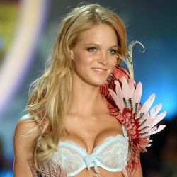 Erin Heatherton 2013 Victoria's Secret Fashion Show 5x UHQ