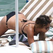 Vanessa Hudgens & Ashley Tisdale sexy bikinis on a yacht in Miami 19x UHQ