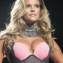 Nina Agdal hot Leonisa Colombia moda 2014 Lingerie Runway Show 47x MixQ