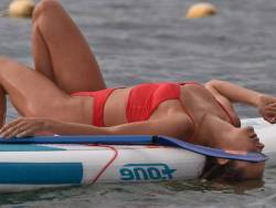 Kimberley Garner hot ass in bikini