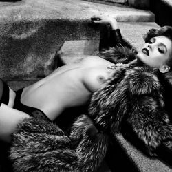 Samantha Gradoville topless Antidote FW 2013 photo shoot 7x UHQ