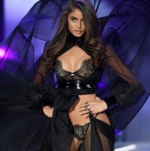 Taylor Hill sexy lingerie 2016 Victoria's Secret Fashion Show 16x UHQ photos