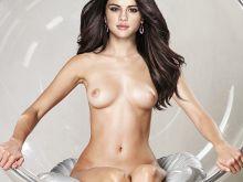 Selena Gomez nude Vogue magazine cover photo shoot UHQ