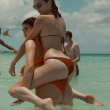Kylie Jenner, Kendall Jenner, Bella Hadid, Hailey Baldwin sexy bikinis on the beach in Turks & Caicos 39x UHQ photos