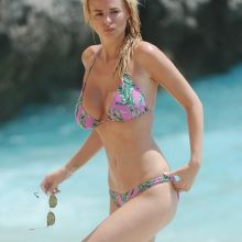 Rhian Sugden big boobs in sexy bikini candids on the beach in Kalkan, Turkey 7x UHQ photos