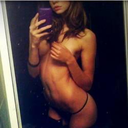 Analeigh Tipton leaked topless selfies 7x MixQ photos