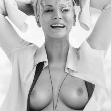Kaley Cuoco from The Big Bang Theory topless photo HQ