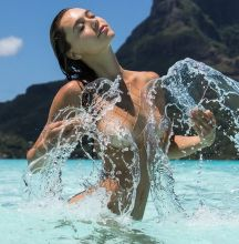 Alexis Ren nude by Kim Akrich on Bora Bora October 2016 9x HQ photos