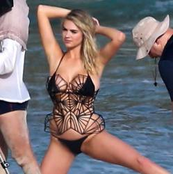 Kate Upton topless tini bikini photoshoot for Sports Illustrated Swimsuit in Aruba 38x MQ photos