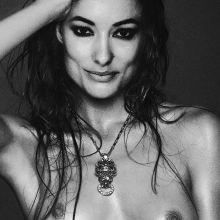 Olivia Wilde topless Vogue magazine cover photo shoot UHQ