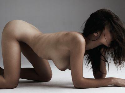 Emily Ratajkowski Nude in Treats Magazine 2012 Spring 11x UHQ
