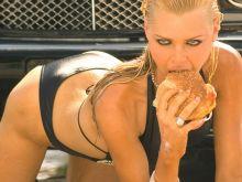 Sophie Monk hot bikini photo shoot 2x HQ