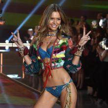Josephine Skriver sexy Victoria's Secret lingerie 2015 Fashion Show 6x HQ
