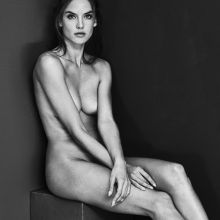 Alessandra Ambrosio nude for Portraits Nudes Flowers by Mariano Vivanco HQ photo