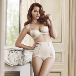 Cindy Berthelot hot Harmonie Collection Spring-Summer 2013 11x HQ