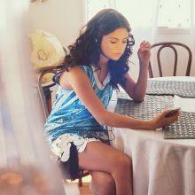 Selena Gomez sexy Wonderland 2015 photo shoot 8x UHQ