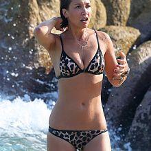 Mylene Klass wearing sexy wet bikini on the beach in Thailand 42x UHQ