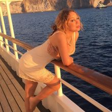 Mariah Carey in sexy nightwear on the yacht in Capri 5x HQ photos