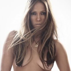 Jennifer Lopez topless 2005 photo shoot 8x UHQ