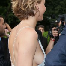 Jennifer Lawrence flashin side boob Christian Dior fashion show in Paris 12x HQ