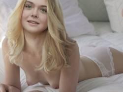 Elle Fanning topless