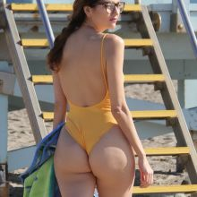 Blanca Blanco sexy bikini cameltoe candids on the beach in Malibu 106x UHQ photos