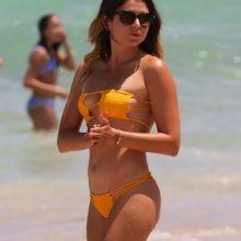 Anastasia Ashley cleavage in sexy bikini candids on the beach in Miami 10x HQ photos