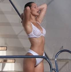 Bella Hadid sexy bikini cameltoe candids on the yacht in Cannes 27x HQ photos
