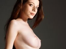 Michelle Trachtenberg nude Treats! photo shoot UHQ