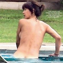 Sophie Marceau nude on swimming pool - Voici Magazine 2015 August 7x MQ