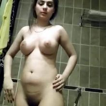 Rida Isfahani leaked naked photos and video ( Pakistani Model-Actress celebrity ) 18 photos and video