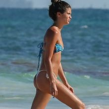 Sara Sampaio sexy bikini candids on the beach in Cancun 38x HQ photos