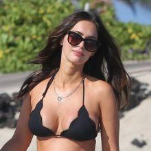Megan Fox wearing sexy bikini on the beach in Hawaii 50x UHQ photos