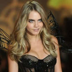 Cara Delevingne 2013 Victoria's Secret Fashion Show 15x UHQ