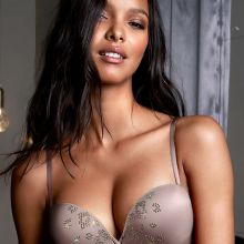 Lais Ribeiro sexy Victoria's Secret lingerie 2014 September 82x HQ
