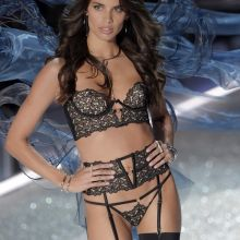 Sara Sampaio sexy lingerie 2016 Victoria's Secret Fashion Show 36x UHQ photos