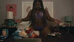 Frankie Shaw, Samara Weaving, Raven Goodwin - Smilf S01 E03 720p ligerie, topless spread legs scenes