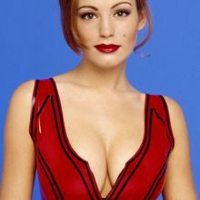 Kelly Brook young and hot in Mike Prior photo shoot 16x UHQ