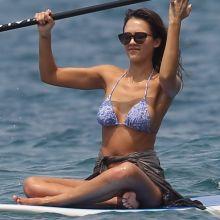 Jessica Alba wearing sexy bikini on the beach in Hawaii 140x UHQ photos